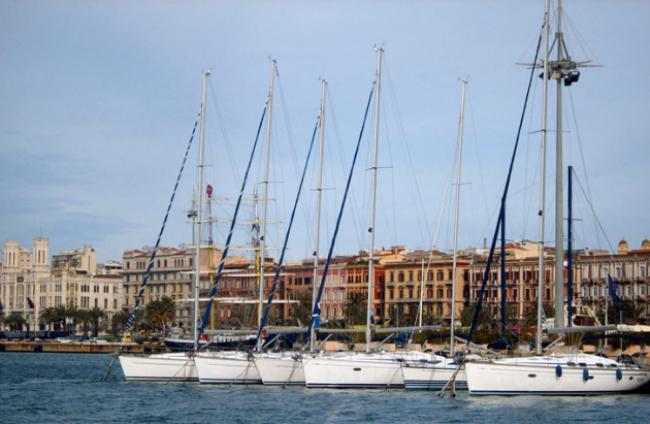 Cagliari-04-stad