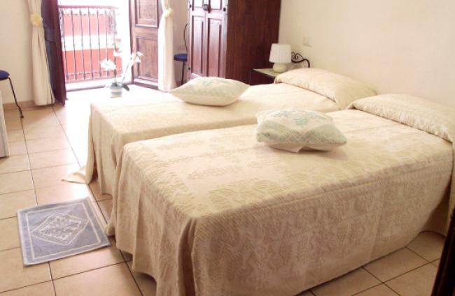 Camere Castello-06-Cagliari