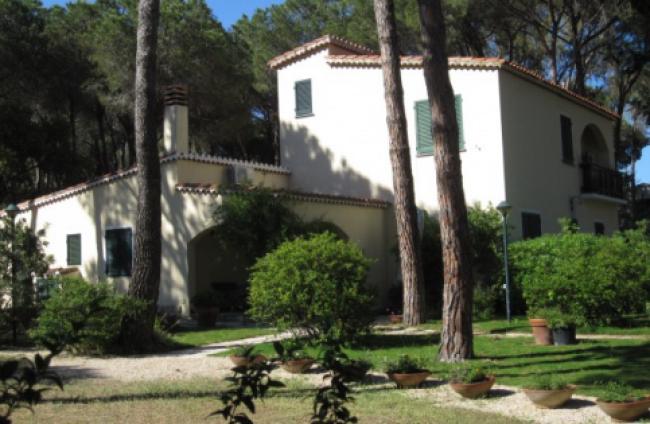 Villa_Pineta_Is-01-Morus_Sardinië